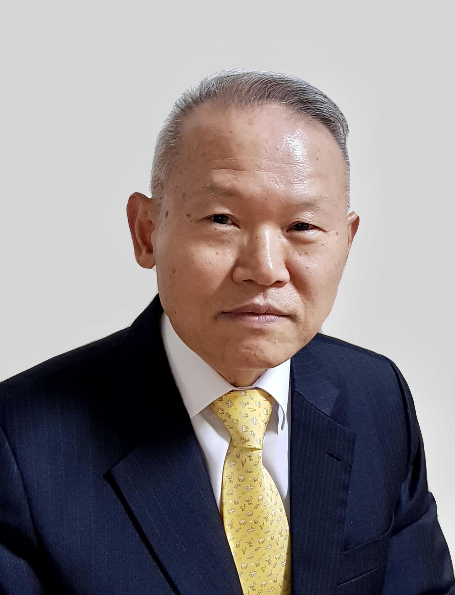 Gi Hoon Hong